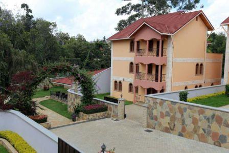 Kileleshwa: 6 BR Villa.  Sale.