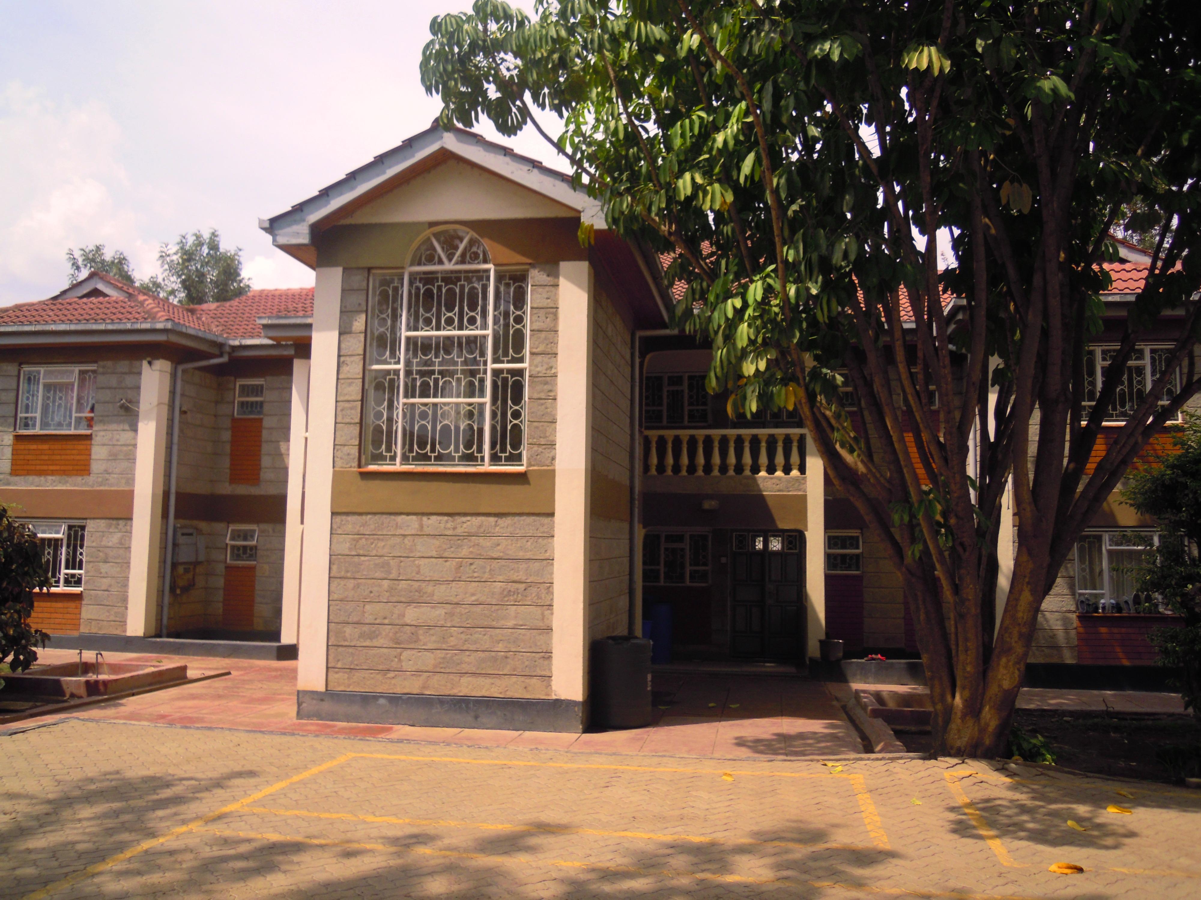Kitengela Town: 3 BR Spacious Apt.