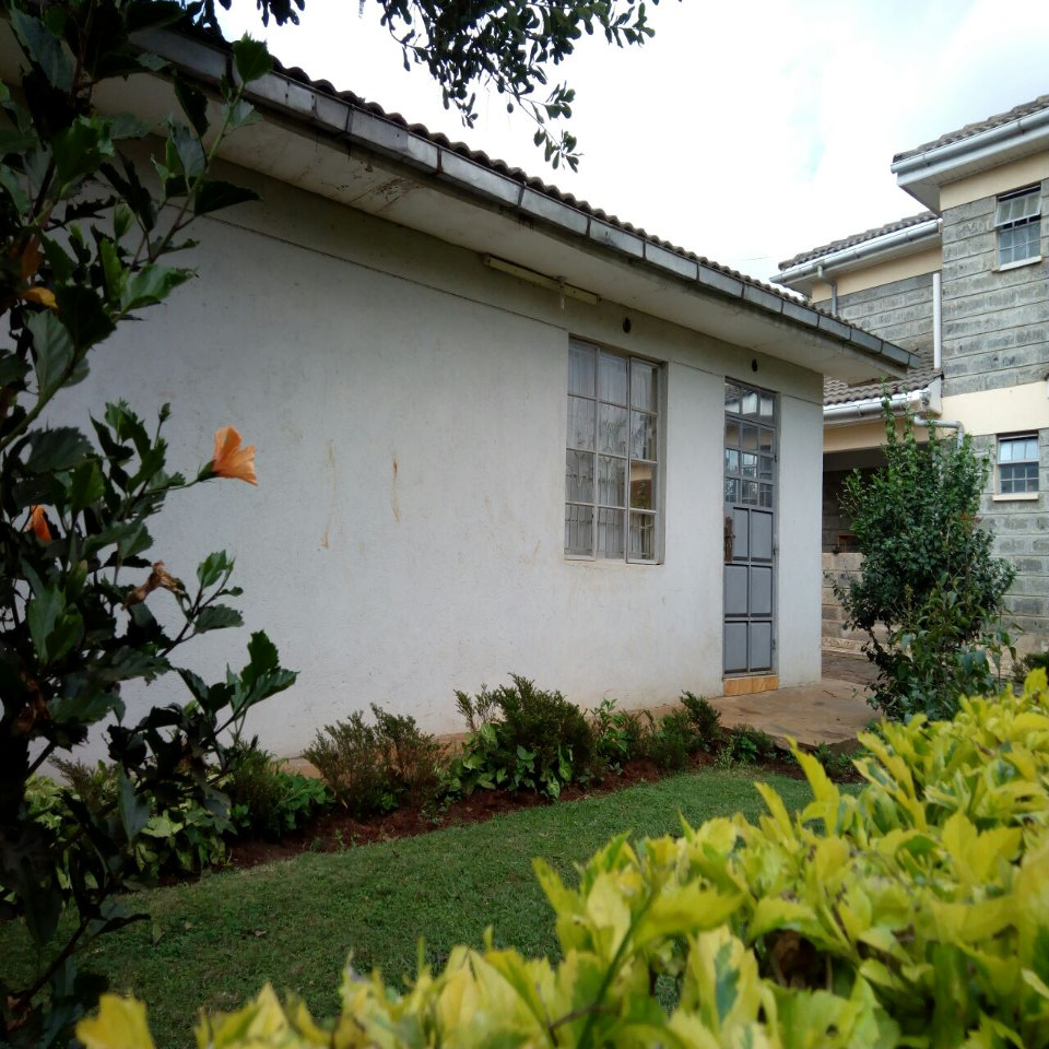 2 Bedroom Guest wing-Runda:  -To Let