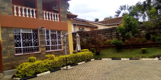 Mountain View Estate: 4 BR Double Storey.